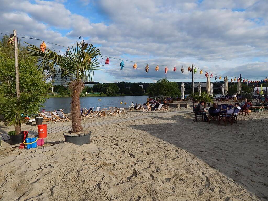 Ferienhaus-UNI-Koblenz Strand in der Nähe